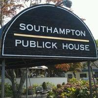 Photo taken at Southampton Publick House by Raul J. on 9/4/2011
