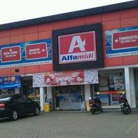 Photo taken at Alfa Midi by Adhari H. on 5/5/2012