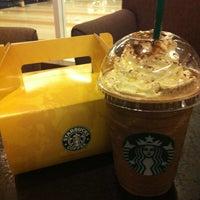 Photo taken at Starbucks by Sha Pattinson Izad R. on 3/27/2012