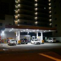 Photo taken at 昭和シェル石油 下寺町SS/株式会社三徳リテールシステム by Hirotake M. on 6/23/2012