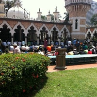 Photo taken at Masjid Jamek Kuala Lumpur by Azim A. on 8/5/2011