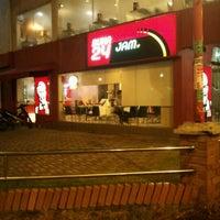 Photo taken at KFC by Muhammad Saufi A. on 11/11/2011