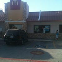 Photo taken at McDonald's by Bernardo O. on 7/30/2012