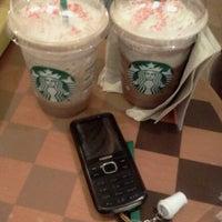 Photo taken at Starbucks Coffee by Nicz R. on 11/14/2011