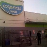 Photo taken at Líder Express by Viity G. on 11/23/2011
