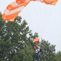 Das Foto wurde bei The Blue Sky Ranch   Skydive The Ranch von Jason 6. am 7/16/2012 aufgenommen