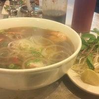 Photo taken at Dua Vietnamese Noodle Soup by Dorian M. on 8/15/2012