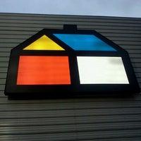 Photo taken at Homecenter Sodimac by Aaron B. on 9/10/2012