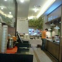 Photo taken at 씨푸드키친 / Cfood Kitchen by daikyu k. on 9/9/2011