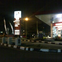 Photo taken at SPBU Pertamina 34-13416 by Ari Matahari N. on 8/14/2012