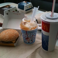 Photo taken at McDonald's by Geomher A. on 3/17/2012