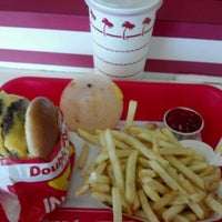 Photo taken at In-N-Out Burger by Chan M. on 5/29/2012