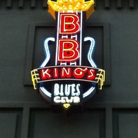 Photo taken at B.B. King's Blues Club by Ricardo W. on 3/28/2012