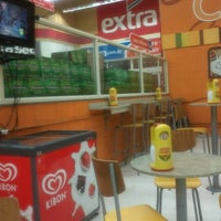 Photo taken at Extra by Weslley C. on 8/6/2012