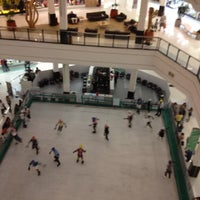 Photo taken at Santana Parque Shopping by Eliane R. on 7/29/2012