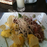 Photo taken at El Ceviche by Veronica V. on 8/12/2012