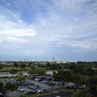 Photo taken at Sheraton Fort Lauderdale Airport & Cruise Port Hotel by Sugi W. on 3/31/2012