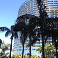 Photo taken at Marriott Marquis San Diego Marina by Win K. on 5/15/2012