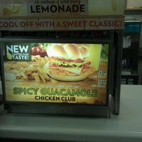 Photo taken at Wendy's by Israel L. on 10/27/2011