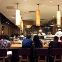 Photo taken at Sushi Zanmai (壽司三味) by Lawrence C. on 7/21/2012