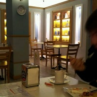 Photo taken at Restaurante La Terraza de Salud by Михаил А. on 12/10/2011