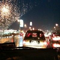 Photo taken at Traffic Light Jalan Salleh by Kapt Rizal R. on 10/31/2011