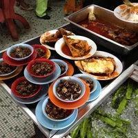 Photo taken at Restoran Causeway Nasi Padang Ina by Amirul A. on 5/7/2012
