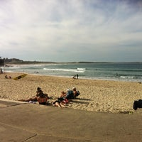 Photo taken at South Cronulla Beach by Corri Z. on 4/28/2012