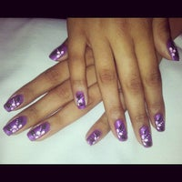 Photo taken at Luciana Manicure - Unhas Decoradas by Belle S. on 8/3/2012