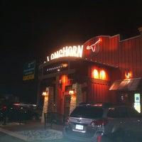 Photo taken at LongHorn Steakhouse by Zach W. on 1/21/2012