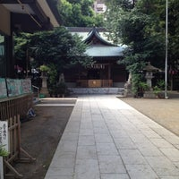 Photo taken at 大塚天祖神社 by Ryuichiro K. on 8/12/2012