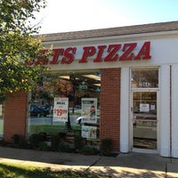 Photo taken at Jet's Pizza by David D. on 10/24/2011