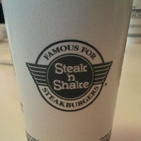 Photo taken at Steak 'n Shake by Nate D. on 9/22/2011