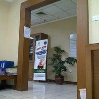 Photo taken at Direktorat Bina Produksi dan Distribusi Kefarmasian by Zulfikar B. on 10/10/2011