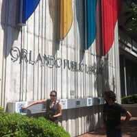 Foto tirada no(a) Orange County Library - Orlando Public Library por Kimberly B. em 4/22/2012
