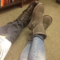 Photo taken at Barnes & Noble by Macy M. on 2/11/2012