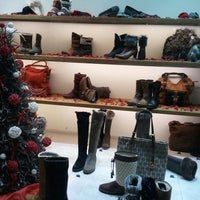 Photo taken at Schoenen Verduyn by Tamara D. on 12/28/2011