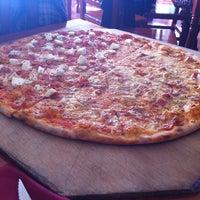 Photo taken at Restaurante Italiano El Maestro by Emiliio C. on 1/23/2012