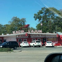 Photo taken at Ragin Cajun by Ashley T. on 1/27/2012
