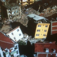 Photo taken at Earthquakepocalypse 2011 by Dan on 8/23/2011