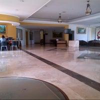 Photo taken at Hotel Horizon Bengkulu by Budi O. on 9/10/2012