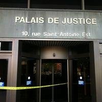 Photo taken at Palais de justice de Montréal by Dan on 6/1/2012