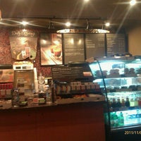Photo taken at Starbucks by Ozlem D. on 11/2/2011