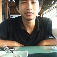 Photo taken at D'Lounge Cafe & Resto by JoHn G. on 4/26/2012
