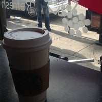 Photo taken at Starbucks by SrEfectoDoppler on 7/30/2012
