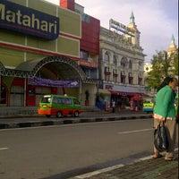 Photo taken at Asinan Bogor, Taman Topi by Gilang K. on 1/14/2012