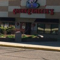12 reviews of Chuck E Cheese's