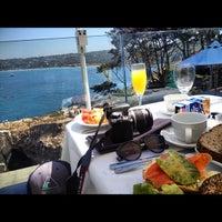 Photo taken at Eddie V's Prime Seafood by Evan D. on 8/19/2012
