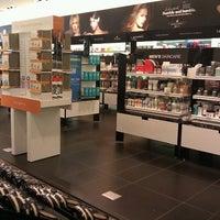 Photo taken at Sephora by Jeri M. on 9/15/2011