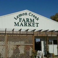 Photo taken at Lemon Creek Winery by Ju-Hyoung (James) K. on 10/9/2011